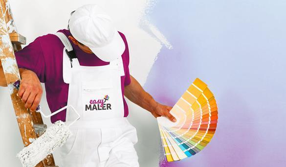 Maler mit Farbpalette in der Hand